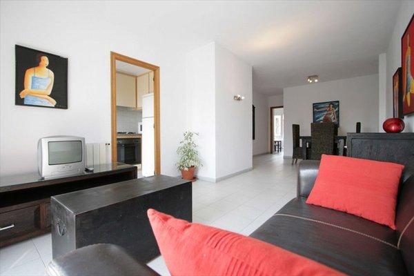 Girona Apartments - фото 22