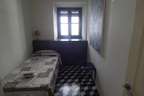 Girona Apartments - фото 4