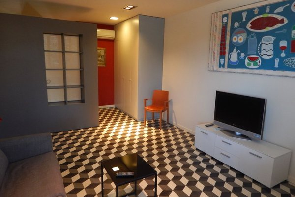 Girona Apartments - фото 6