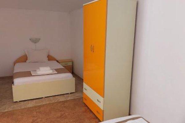 Krai Moreto Guest House - 14
