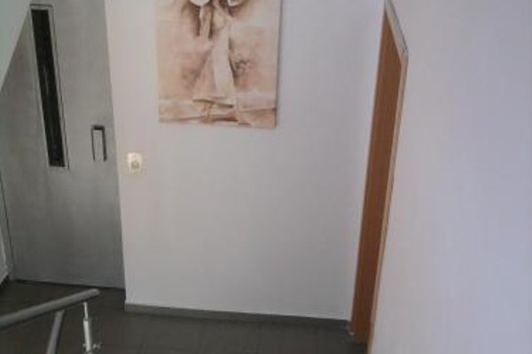 Krai Moreto Guest House - 15