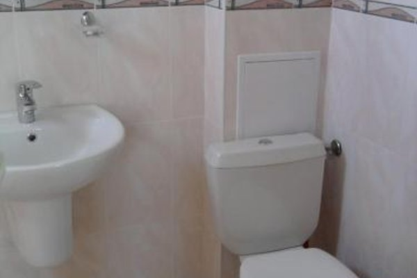 Krai Moreto Guest House - 20