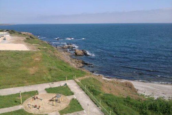 Krai Moreto Guest House - 5