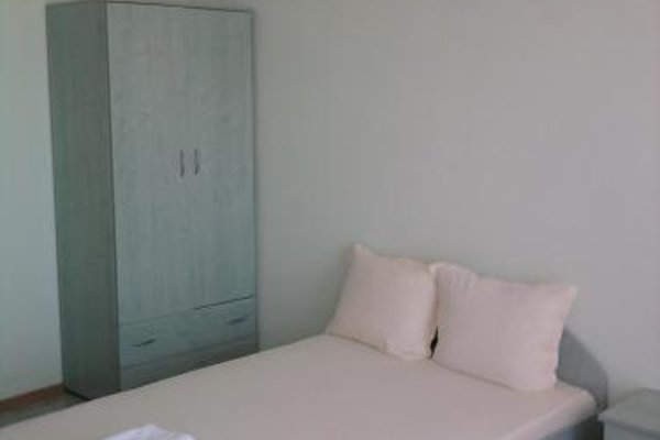 Krai Moreto Guest House - 9