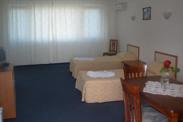Atos Hotel - фото 4