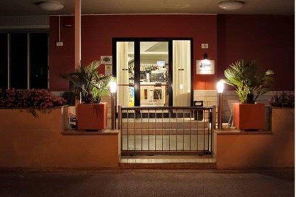 Hotel Laura - 15