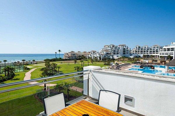 Fuerte Estepona Hotel & Apartments - 73