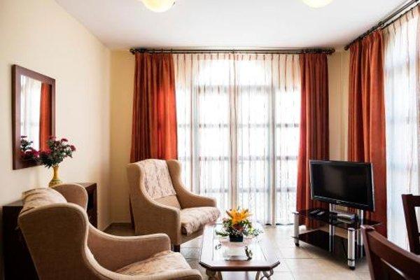 Apartamentos Turisticos Casa de La Borrega - фото 3