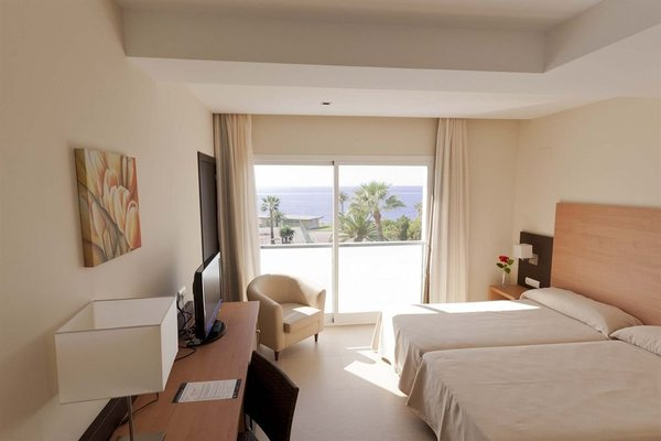 Hotel Isdabe - фото 6