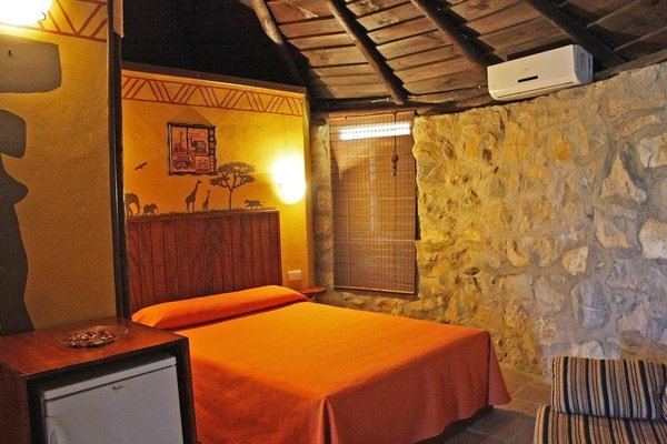 Hotel Selwo Lodge - Includes Animal Park Tickets - 10