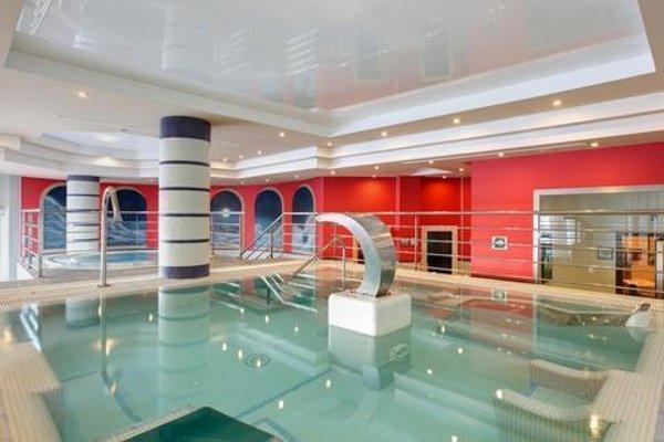 Fuerte Estepona Hotel & Apartments - 16
