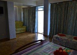 Мини-Отель Миллениум фото 2 - Саки, Крым