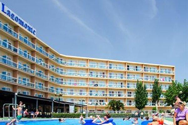 Этот отель типа «все включено» - 23