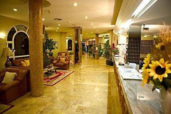 Hotel La Cumbre - 14