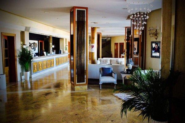 Hotel La Cumbre - 8