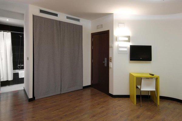 Hotel Cienbalcones - 4