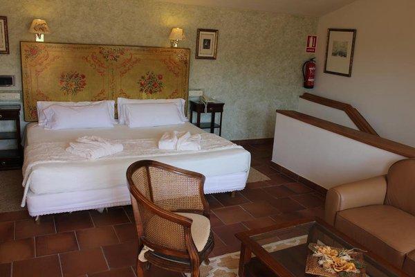 Hotel Leonor de Aquitania - 4