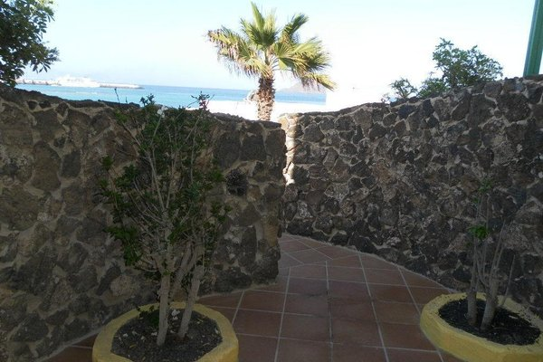 Apartamentos Caleta Playa - фото 20