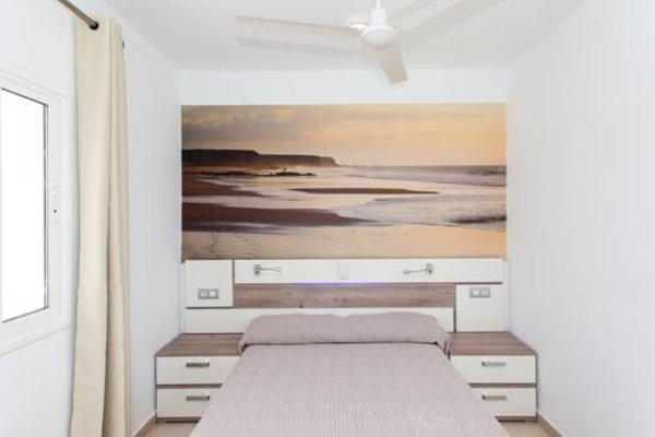 Apartamentos Caleta Playa - фото 4