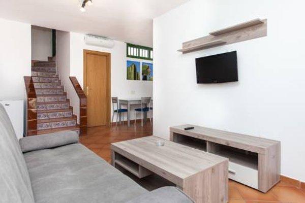 Apartamentos Caleta Playa - фото 6