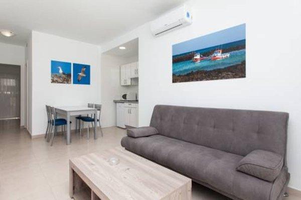 Apartamentos Caleta Playa - фото 7