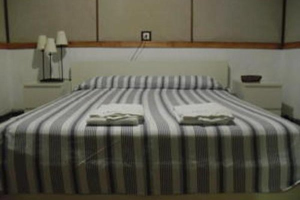 Seneca Hostel - фото 3