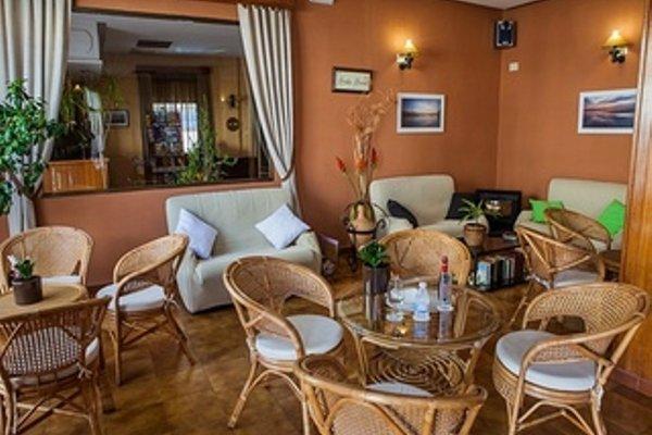 Hotel Tres Jotas - 14