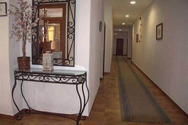 Hotel Tres Jotas - 17
