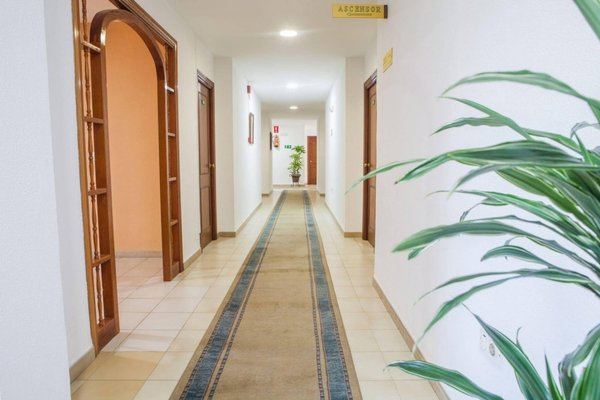 Hotel Tres Jotas - 18