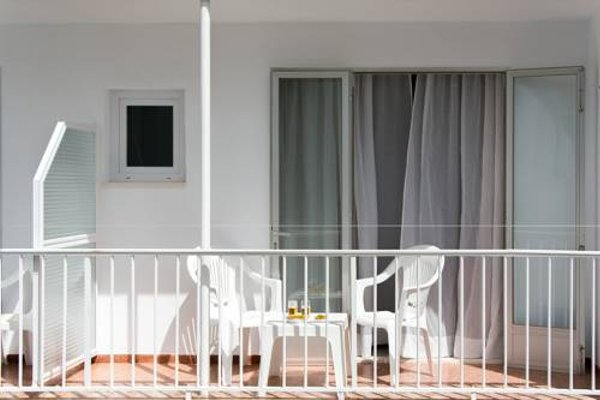 Hostal Residencia Menurka - фото 20