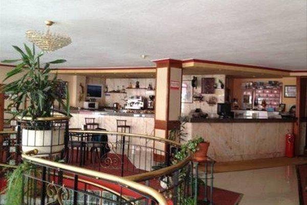 Hotel La Ronda - 11