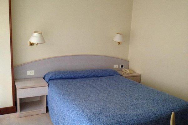 Hotel La Ronda - 4