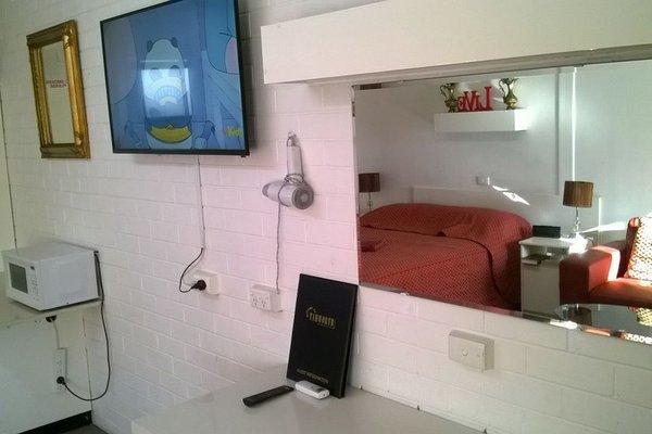 Colonial Inn Motel - фото 9