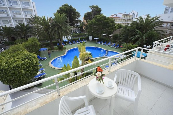Maracaibo Aparthotel - фото 21