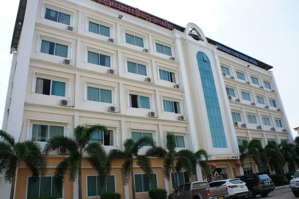 Heuang Chaleun Hotel - фото 22