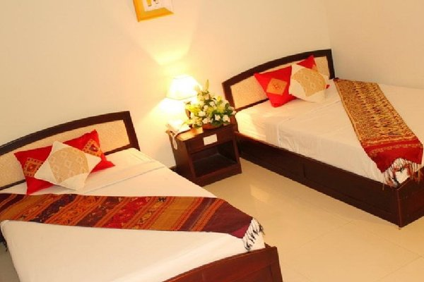 Heuang Chaleun Hotel - фото 5