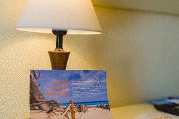 Hotel Moron - 4
