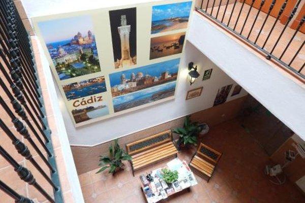 Hostal Canalejas - фото 13