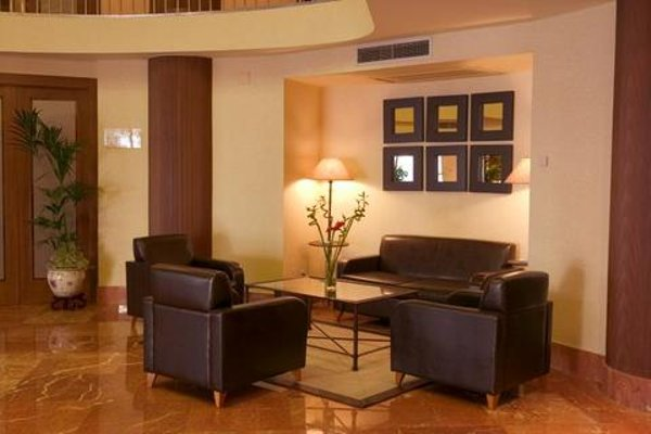 Hotel Almirante Bonifaz - фото 6