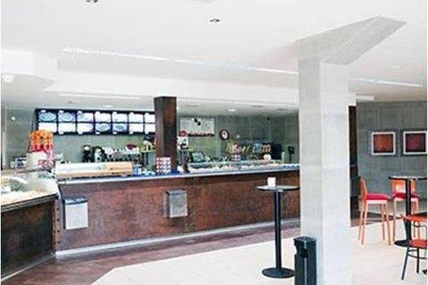 Hotel Area Serrano - 9