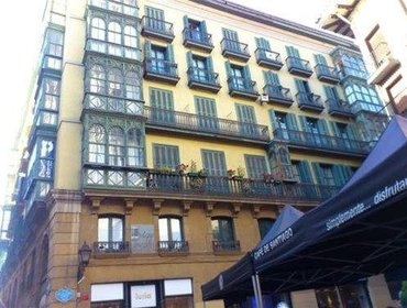 Guesthouse Roquefer Bilbao Central Rooms