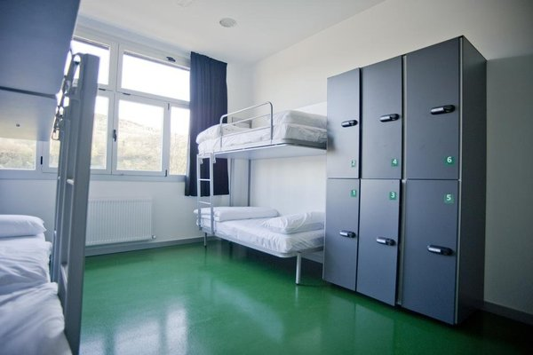 BBK Bilbao Good Hostel - фото 17