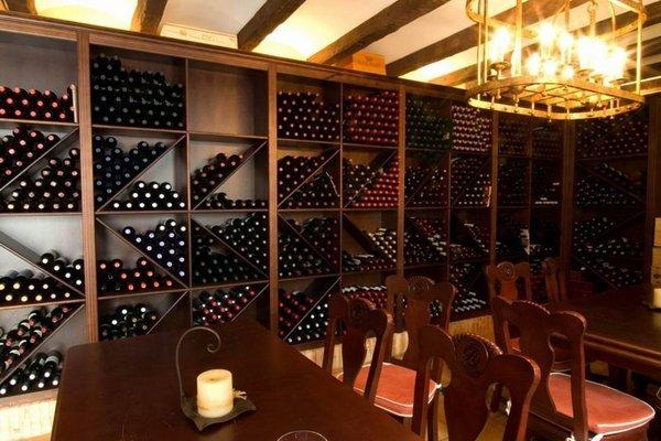 Hotel Rioja - 11
