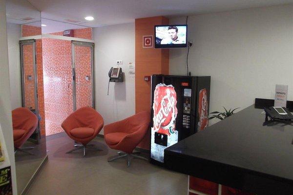 Estudios Benidorm - 17