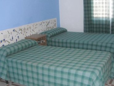 Guesthouse Pension Los Claveles