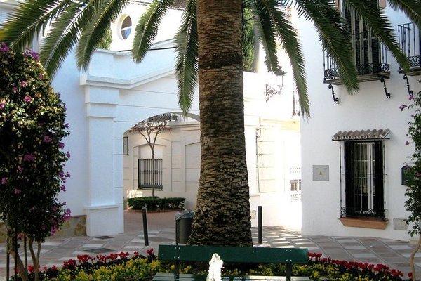 Apartamentos La Fonda - фото 17