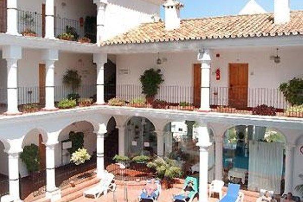 Apartamentos La Fonda - фото 18