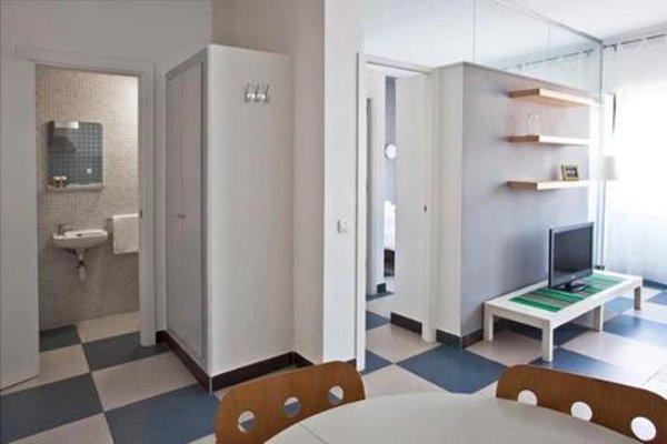 Chic & Basic Urquinaona Apartments - фото 19