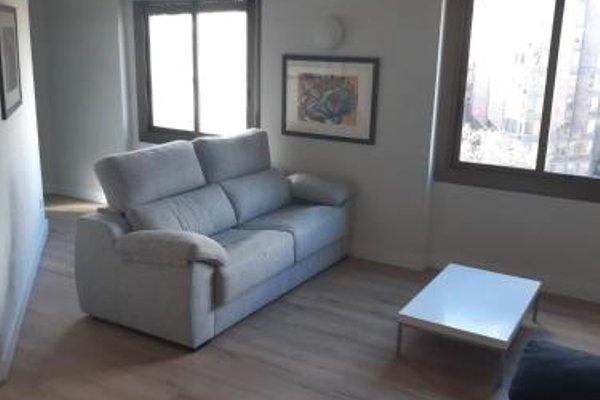Chic & Basic Urquinaona Apartments - фото 8