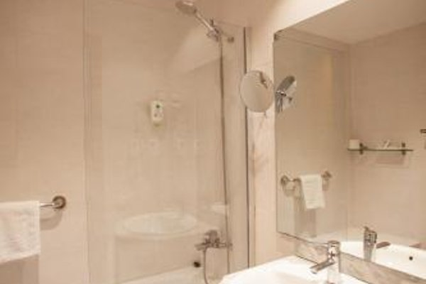Ramblas Apartments - фото 13